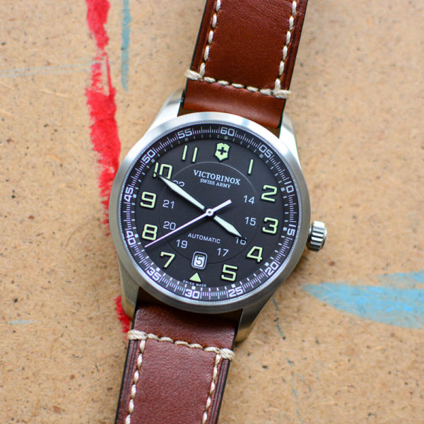 Мужские наручные часы VICTORINOX SWISS ARMY AIRBOSS V241507 - Фото № 8
