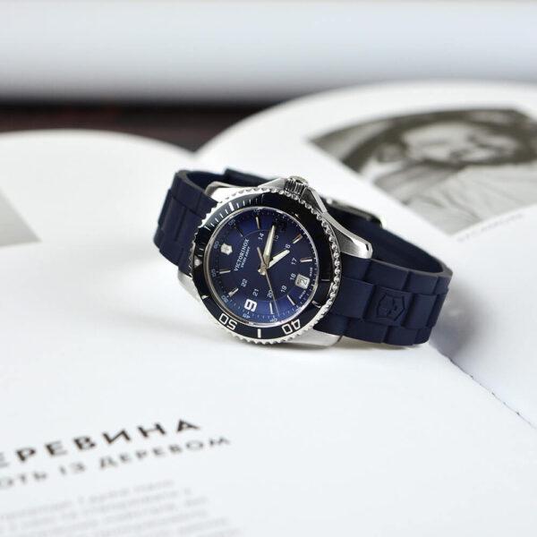 Женские наручные часы VICTORINOX SWISS ARMY MAVERICK V241610 - Фото № 7