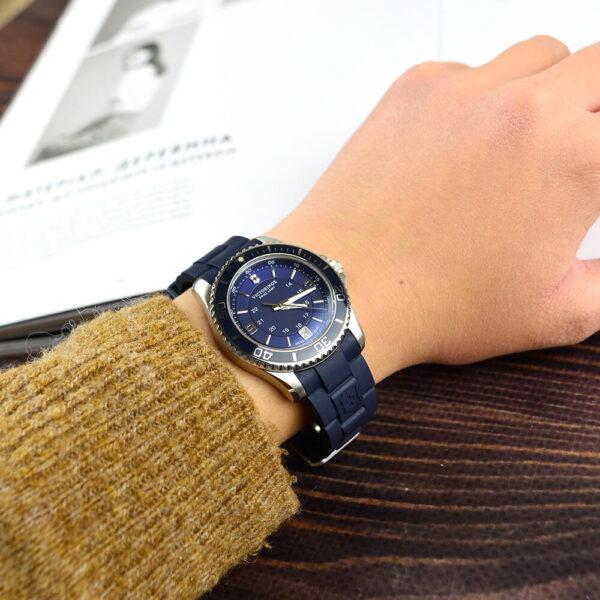 Женские наручные часы VICTORINOX SWISS ARMY MAVERICK V241610 - Фото № 8