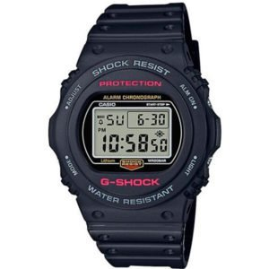 Часы Casio DW-5750E-1ER