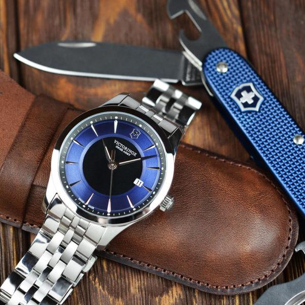 Мужские наручные часы VICTORINOX SWISS ARMY ALLIANCE V241802.1 - Фото № 9