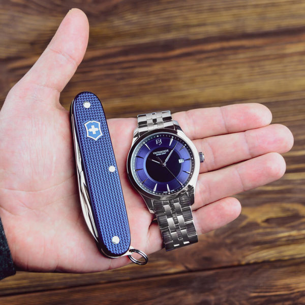 Мужские наручные часы VICTORINOX SWISS ARMY ALLIANCE V241802.1 - Фото № 7