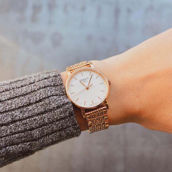 Женские наручные часы TISSOT EVERYTIME SMALL T109.210.33.031.00 - Фото № 9