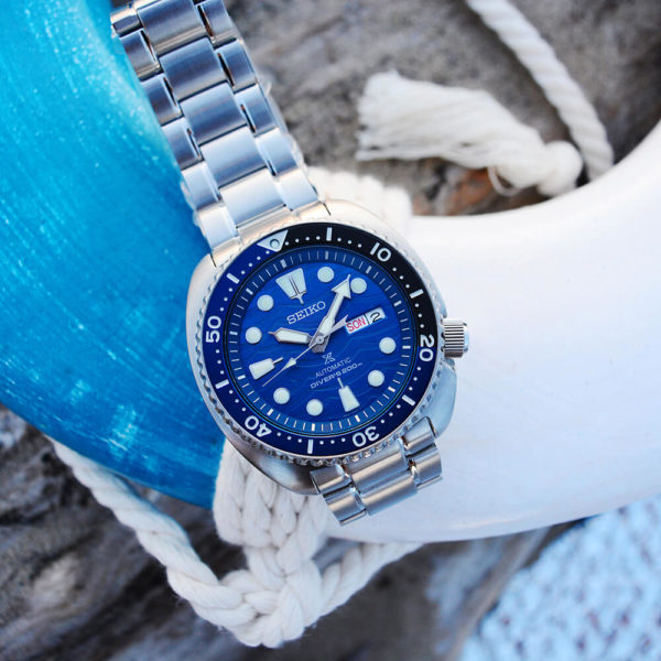 Мужские наручные часы SEIKO Prospex Turtle Save the Ocean Great White Shark SRPD21K1 - Фото № 10