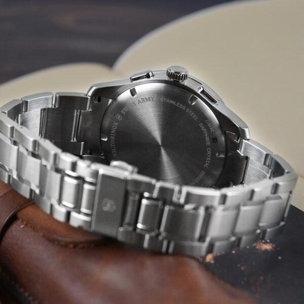 Мужские наручные часы VICTORINOX SWISS ARMY  V241817 - Фото № 13