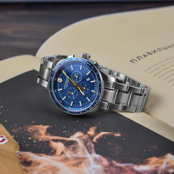 Мужские наручные часы VICTORINOX SWISS ARMY  V241817 - Фото № 10