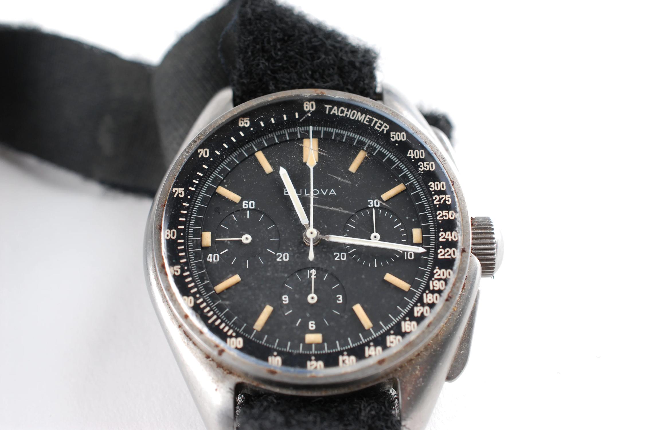 bulova lunar pilot 1976 года