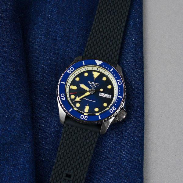 Мужские наручные часы SEIKO Seiko 5 Suits SRPD71K2 - Фото № 9