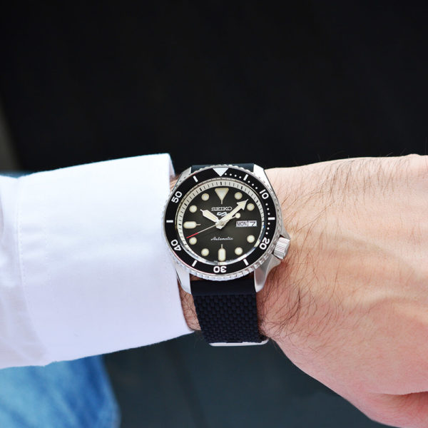 Мужские наручные часы SEIKO Seiko 5 Suits SRPD73K2 - Фото № 7