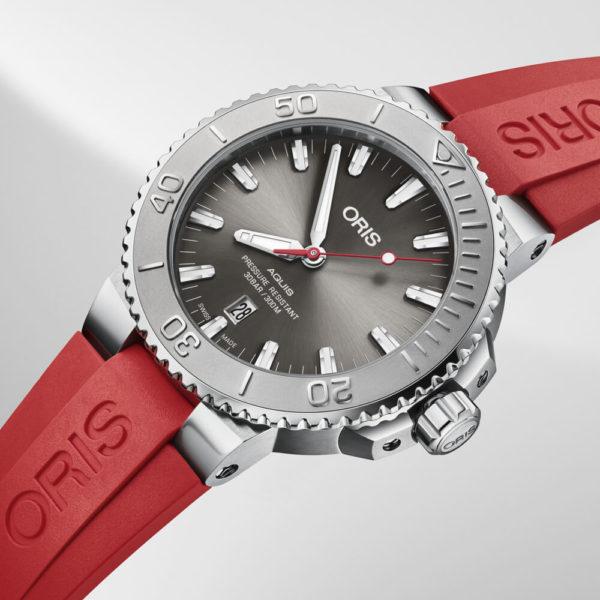 Мужские наручные часы ORIS AQUIS 01 733 7730 4153-07 4 24 66EB - Фото № 6