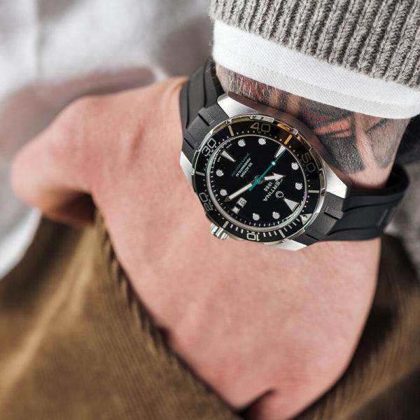 Мужские наручные часы CERTINA Aqua DS Action Diver Powermatic 80 Sea Turtle Conservancy Special Edition C032.407.17.051.60 - Фото № 11