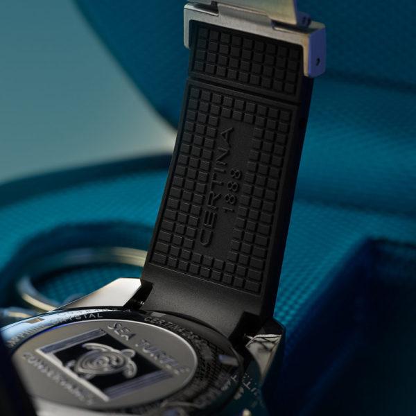 Мужские наручные часы CERTINA Aqua DS Action Diver Powermatic 80 Sea Turtle Conservancy Special Edition C032.407.17.051.60 - Фото № 17