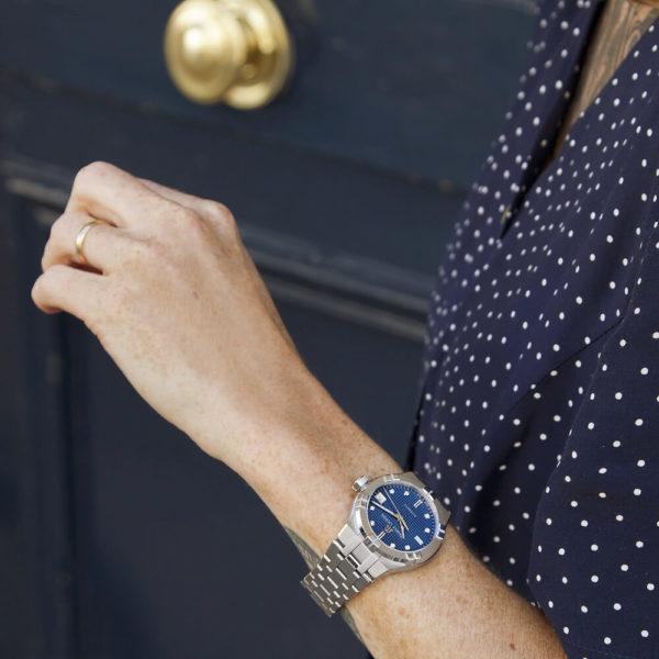 Женские наручные часы MAURICE LACROIX Aikon Automatic AI6006-SS002-450-1 - Фото № 9