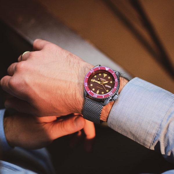 Мужские наручные часы SEIKO Seiko 5 Suits SRPD69K1 - Фото № 8