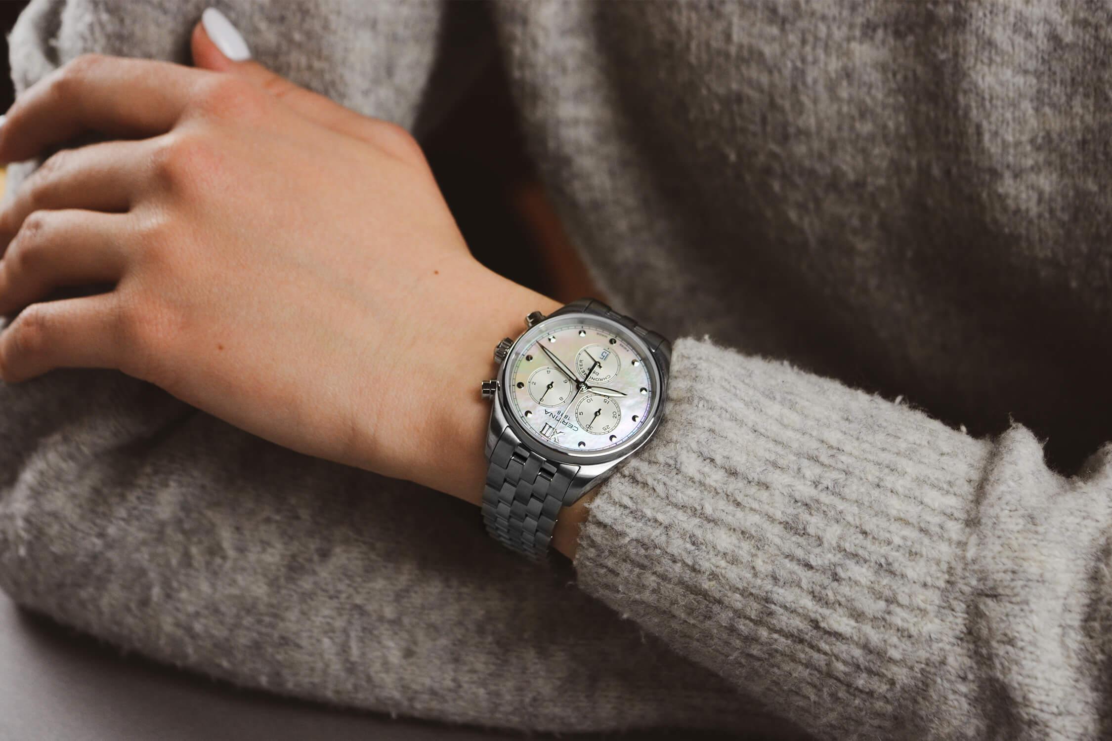 женские часы сертина C033.234.11.118.00