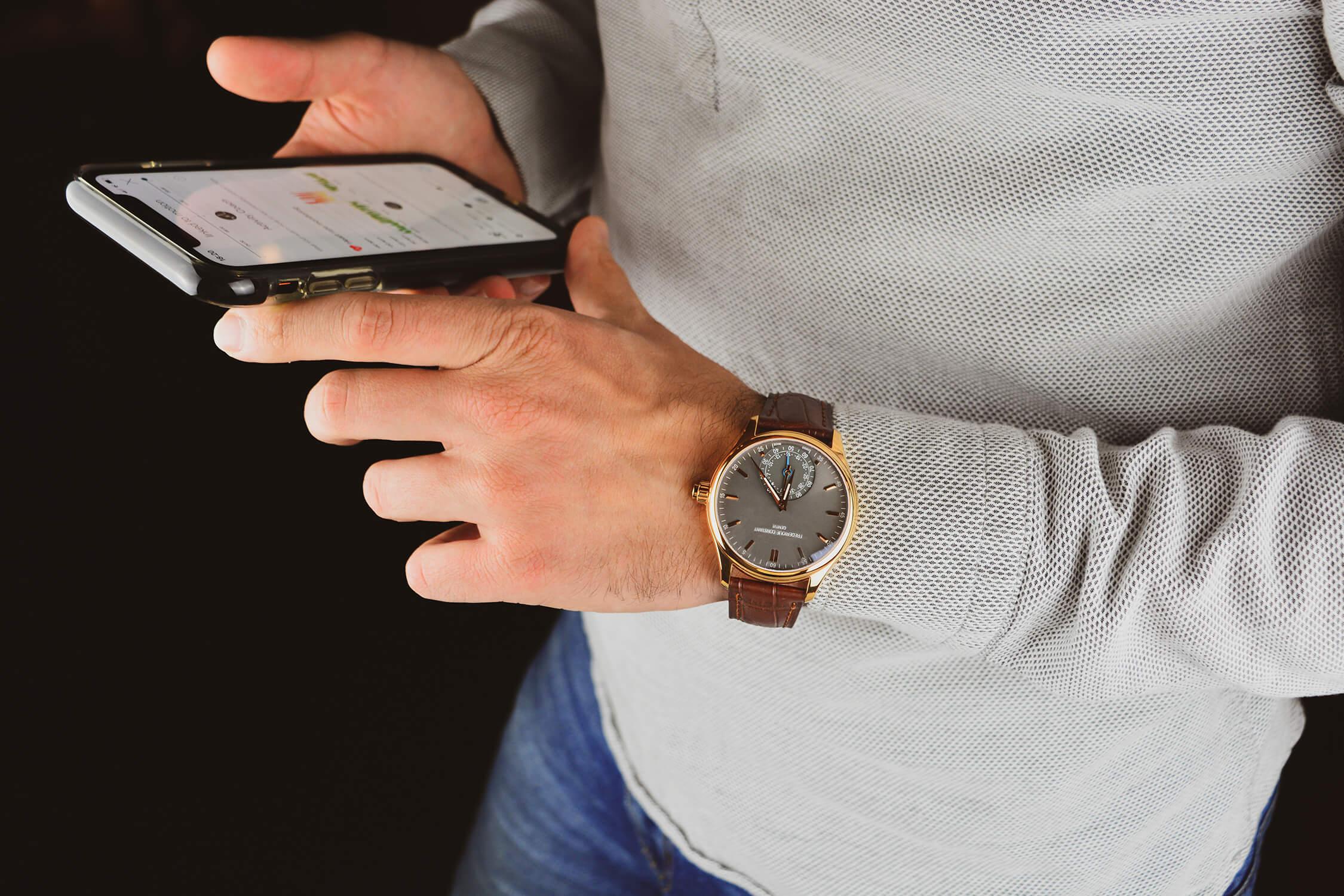 Horological Smartwatch FC-285LGS5B4