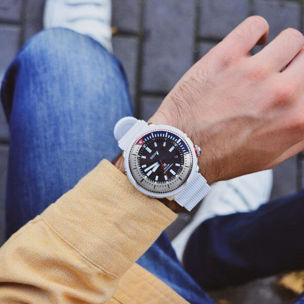 Мужские наручные часы SEIKO Prospex Tuna Street Series SNE545P1 - Фото № 11