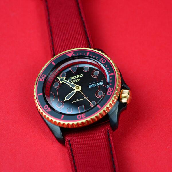 Мужские наручные часы SEIKO Seiko 5 x STREET FIGHTER V Ken Limited Edition SRPF20K1 - Фото № 19
