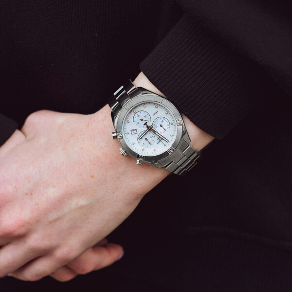 Женские наручные часы TISSOT PR 100 Sport Chic Chronograph T101.917.11.116.00 - Фото № 7