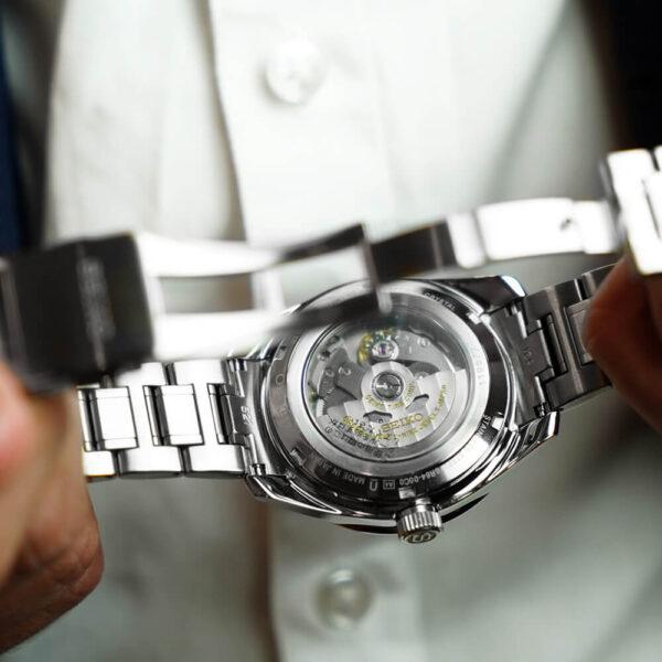 Мужские наручные часы SEIKO Presage Sharp Edged GMT Sumi-iro SPB221J1 - Фото № 10