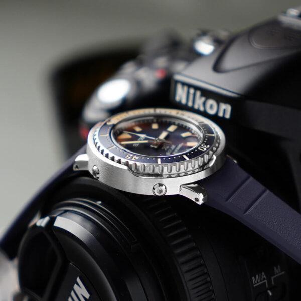 Женские наручные часы SEIKO Prospex Tuna SUT403P1 - Фото № 9