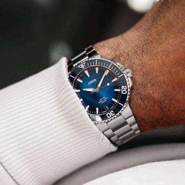 Мужские наручные часы ORIS AQUIS CALIBRE 400 01 400 7769 4135-07 8 22 09PEB - Фото № 9